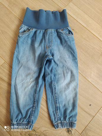 Spodnie chłopiece 92