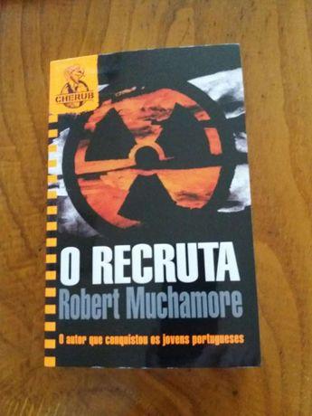 O Recruta Robert Muchamore
