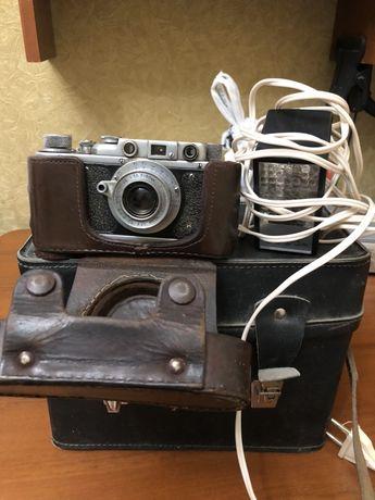 Фотоаппарат «Зорький» Полный комплект + вспышка