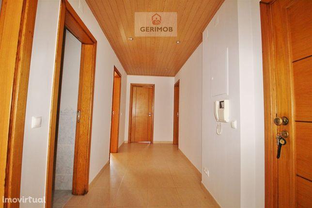 T3 Pinhal Novo; ar condicionado;3 varandas