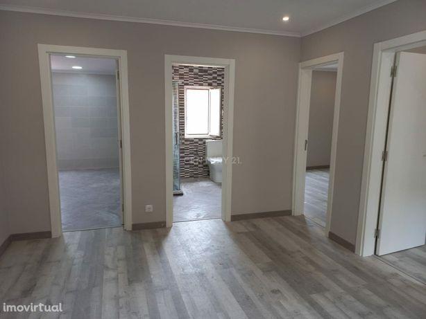 T2 Totalmente Remodelado Bom retiro   Vila Franca de Xira