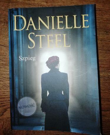 Szpieg - Danielle Steel