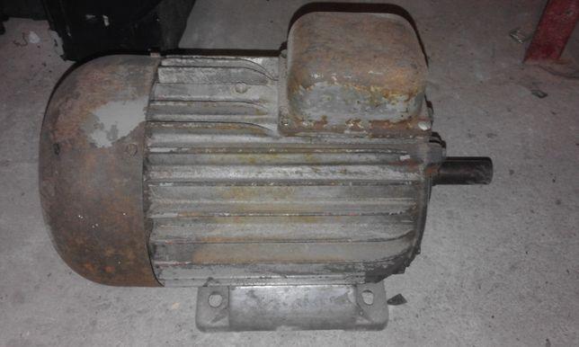 Silnik siłowy 1.1 kW