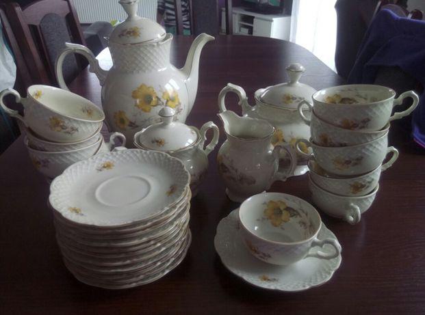 Porcelanowy serwis kawowy z 1941 roku- 28 elementów