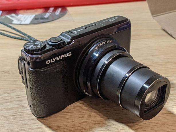 Olympus SH-60 16MP x24 оптический зум стабилизация FullHD видео