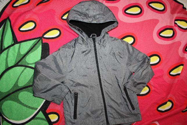 Куртка ветровка серая на 6-7 лет
