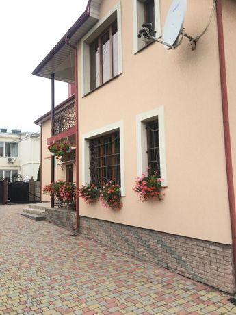Продам частину будинку по вул. Роговій в м. Луцьку