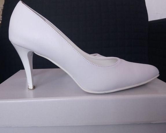 Buty ślubne, obcas 8 cm