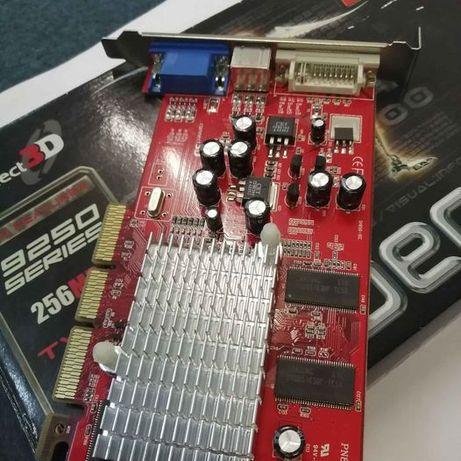 Placa gráfica Radeon 256 MB . Usada