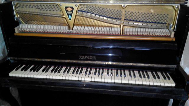 Фортепиано, производство Украина