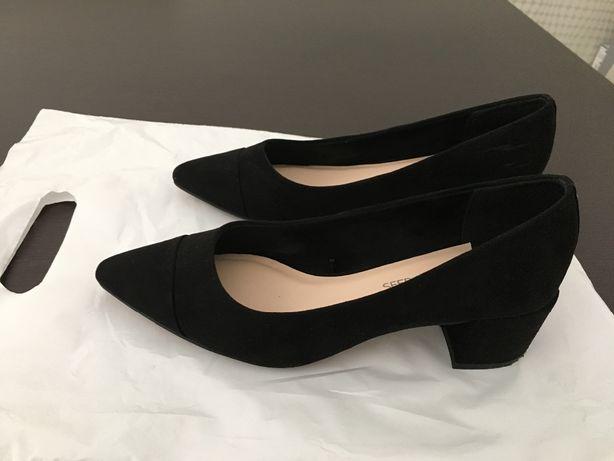 Sapatos de camurça pretos tam 36