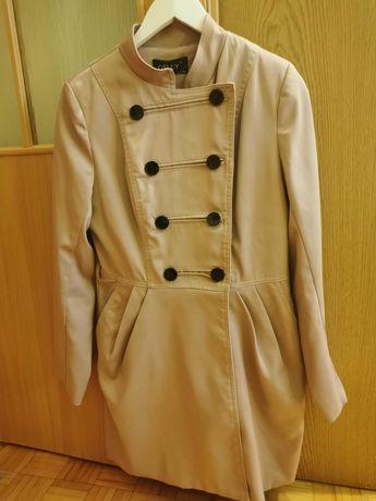 Płaszcz damski beżowy