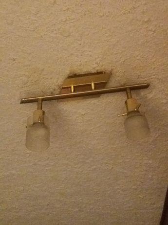 Kinkiet metalowy w  złotym kolorze  na sufit