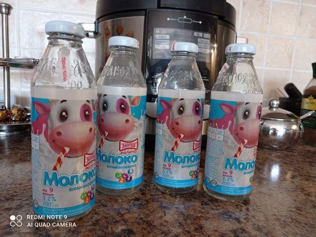 Бутылочки от детского молока и кефира