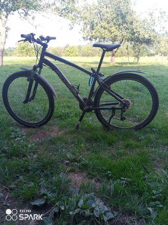 Продається велосипед фірми ROCKRIDER ST100