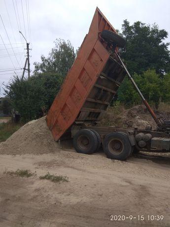 Песок в ассортименте , щебень ,грунт , земля , бетон.
