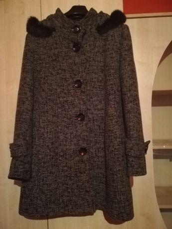 Płaszcz wełniany damski 46