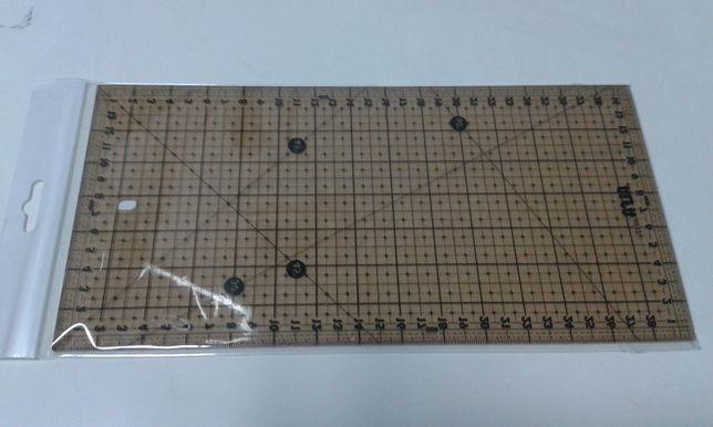 Régua patchwork 15x30cm - NOVA