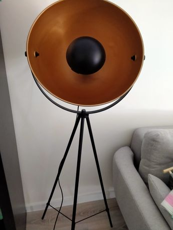 Lampa reflektor czarna