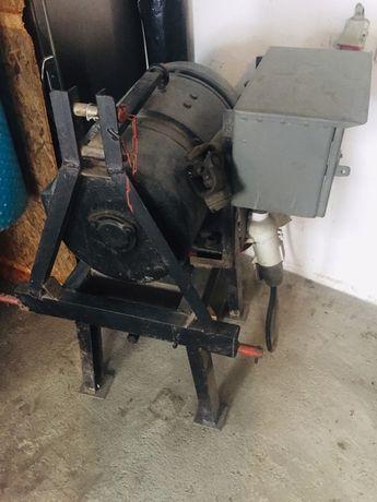 Agregat prądotwórczy do ciągnika na wałek