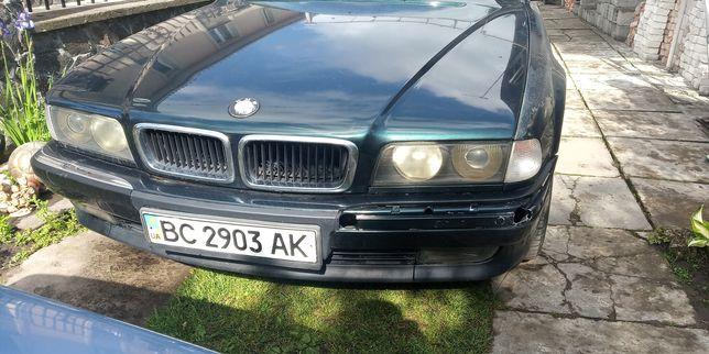 Продам автомобіль марки BMW
