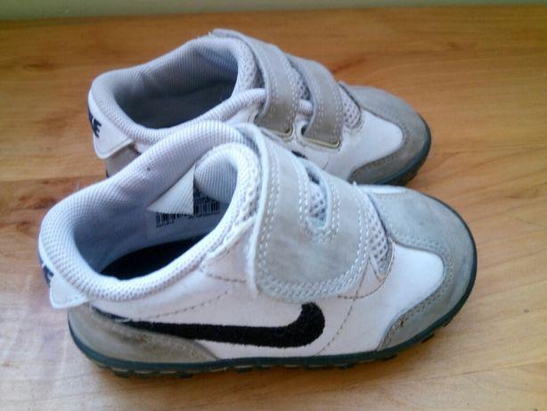 Buty dziecięce Nike r 21
