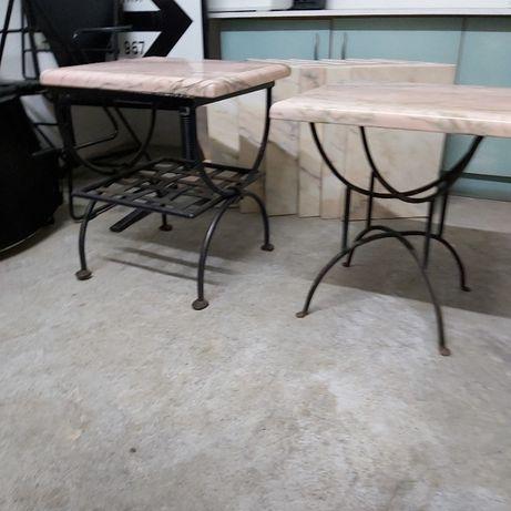 2 Mesas apoio com base em ferro tampo em mármore cor salmão