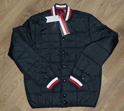 Tommy Hilfiger куртка оригинал на магнитах размер S - М