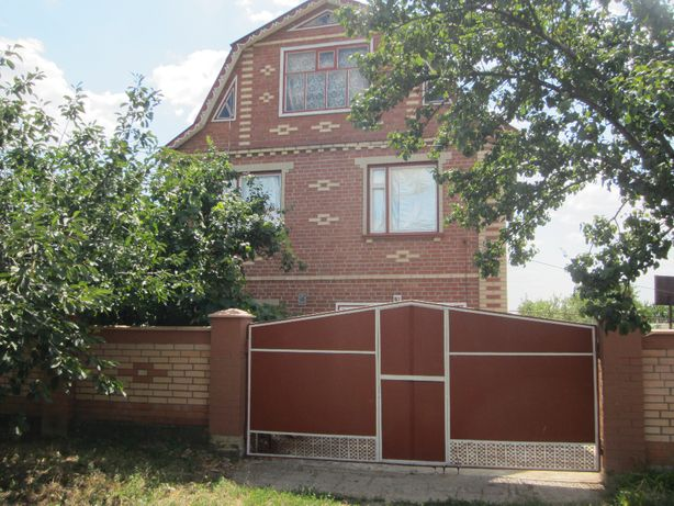 Продам 2-х этажный дом с мансардой в Дружковке