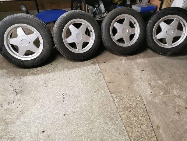 Felgi aluminiowe 5x114,3 r15 zimowe