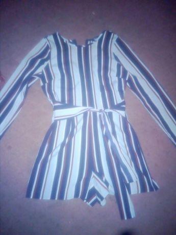Продам недорого комбинезон штаны и платье шорты