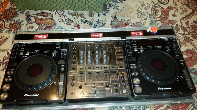 Konsola Pioneer 2x1000 Mikser DJM 600 +Case