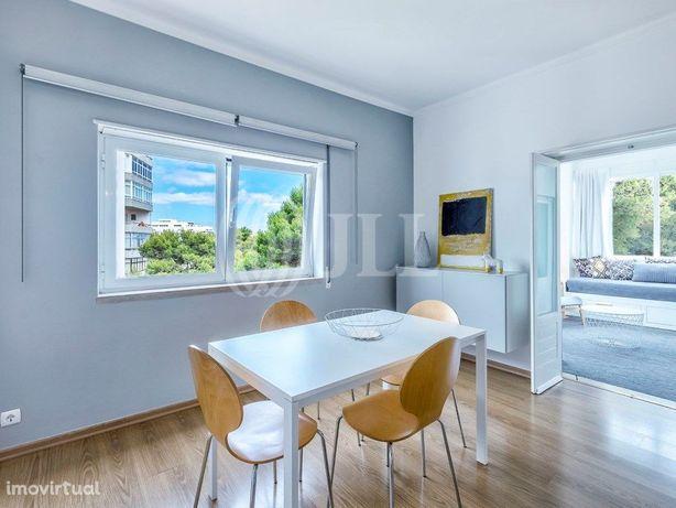 Apartamento T1 totalmente remodelado e mobilado, no Bairr...