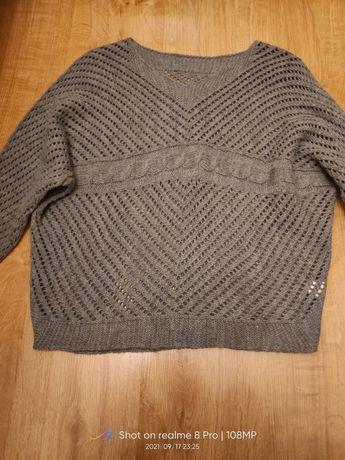 Sweterek ażurkowy szary
