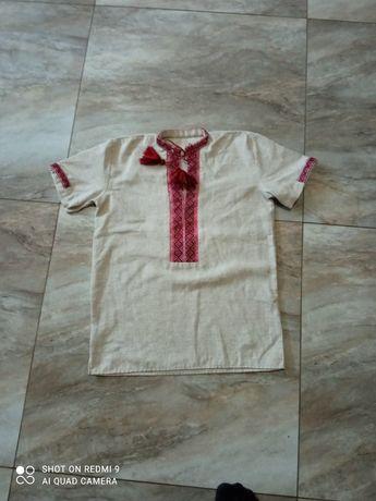Вишита сорочка вишиванка на хлопчика