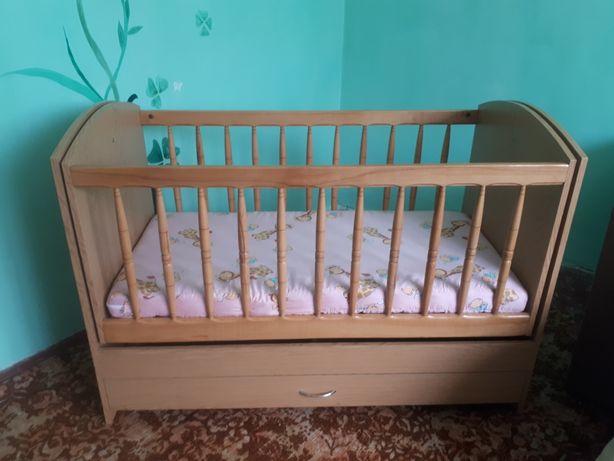 Дитяче ліжечко + матрац