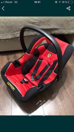 Автокресло, Ferrari