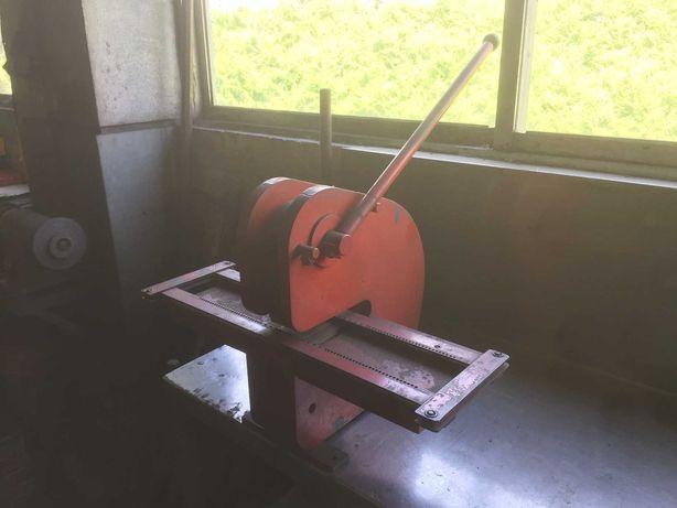 Maquina p/fazer Matriculas