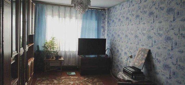 Трикімнатна квартира на Алмазному