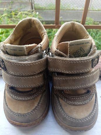 Кросівки черевички шкіряні Італія 21 розмір