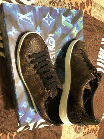 Продам кроссовки Louis Vuitton