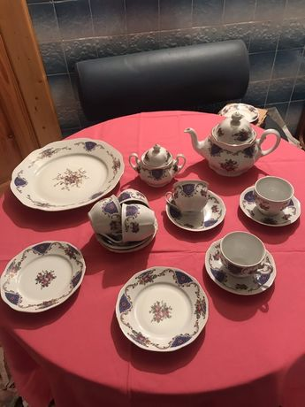 Чайно-кофейный сервиз на  12 персон, производства Чехословакия,Богемия