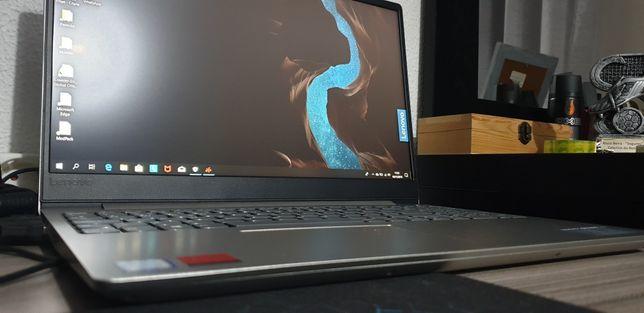 Portátil Lenovo IdeaPad 330S