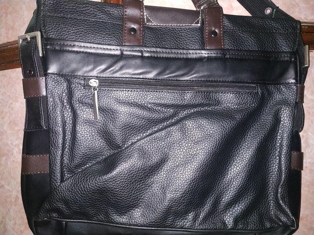 Портфель удобный