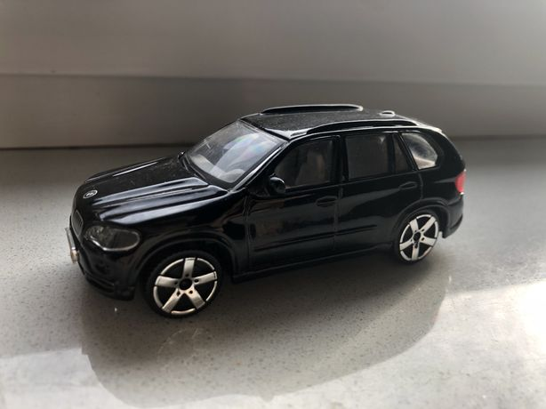 Model Bmw x5 Burago