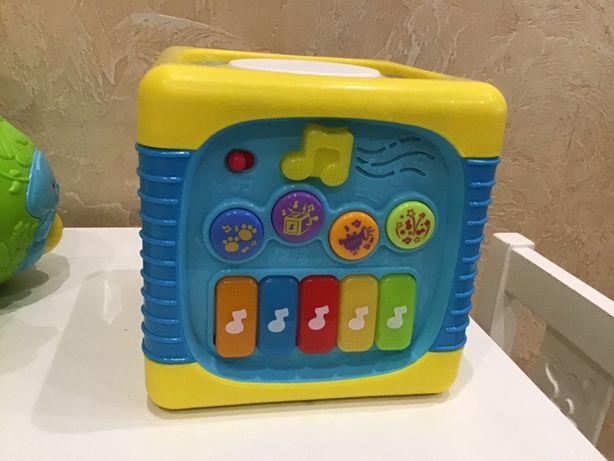 Розвиваючий музикальний куб Winfun