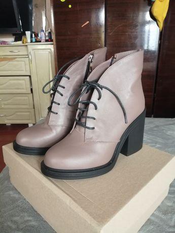 Продам новые ботинки натуральная кожа