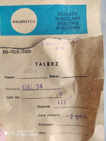 Talerze prl, 24 sztuki, porcelana Wałbrzych.