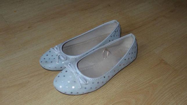 Ładne i zadbane buty-balerinki rozm.35