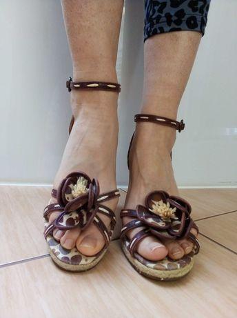 Zara Kwieciste sandałki na platformie rozmiar 38